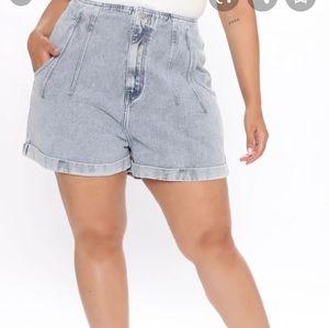 Fashion nova plus size jean shorts size 2x